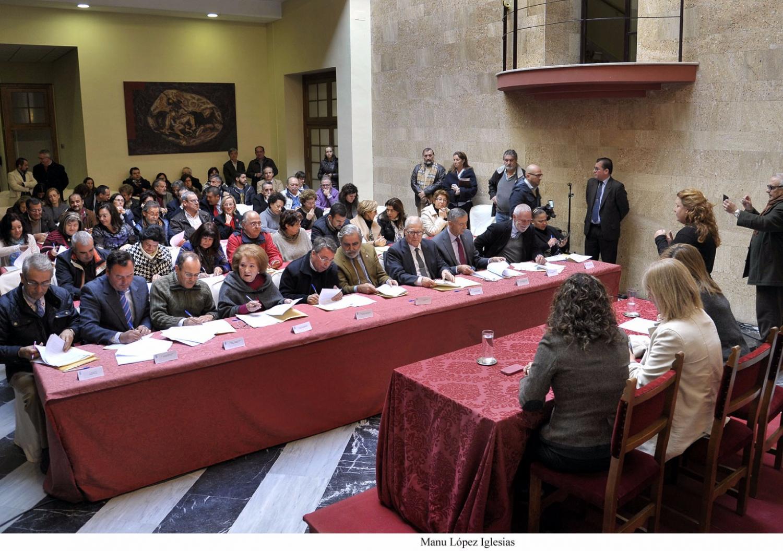 Firma de convenio de colaboración entre el ayuntamiento de Jerez y la Asociación Brote de Vida.